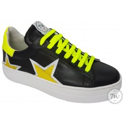 TW Asia - Shoes Sneakers in...